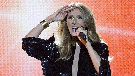 """Céline Dion dévoile un premier clip live pour son nouveau single """"Loved Me Back to Life"""" !!!"""