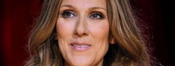 Céline Dion rigole en se voyant chanter !!!