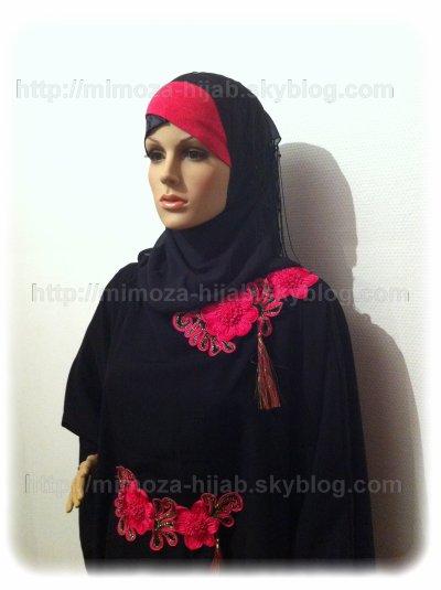 Abaya CHATIBA 57¤ Noir et Rose