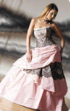 Une robe tendence .