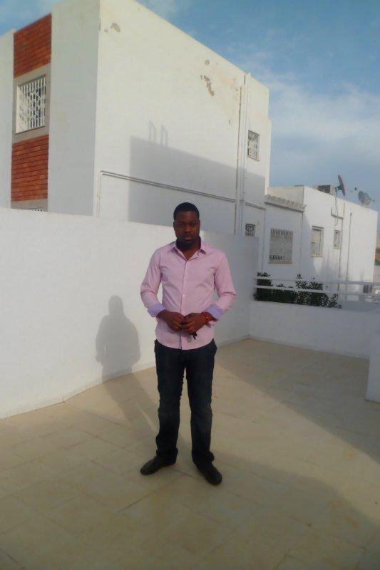 chez moi au garage (tunisie)