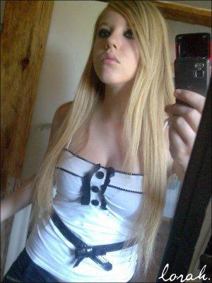 Ma soeur; Lauraa