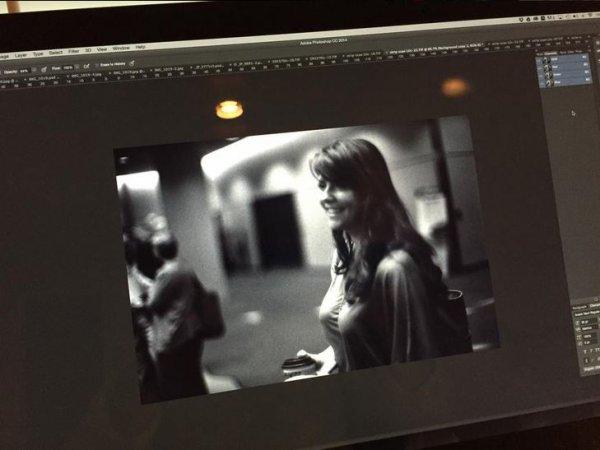 """TWITTER + Femme de l'année pour AMANDA (ACTRA) + Random Acts of Romance + NOUVELLES Photos postées d'AMANDA travaillant sur """"Dark Matter"""" + Nouvelle photo par Dennys Ilic"""
