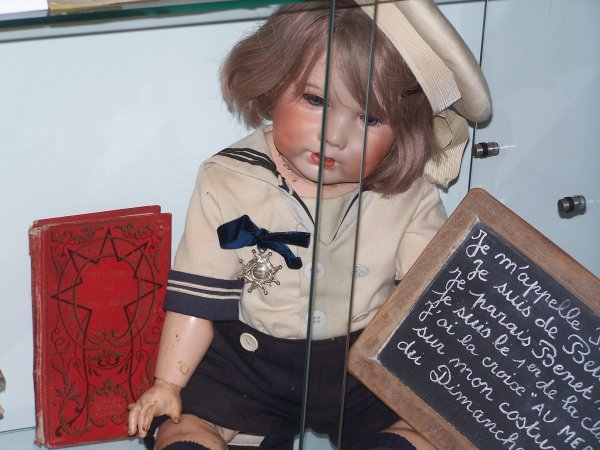 quelques photos du salon du jouets ancien a betton (pres de rennes)(20 novemvre 2010)