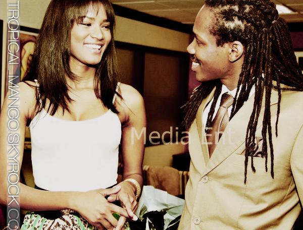 13/05/2012 - L'ACTUELLE MISS UNIVERS, LEILA LOPES EST EN VOYAGE EN JAMAIQUE.Elle y est pour l'élection de Miss Jamaique Univers 2012. Une nouvelle videoblog dans laquelle elle parle de la Jamaique, à voir ici.