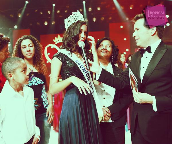 13/07/12 : PHOTOS DE L'ELECTION DE LA NOUVELLE MISS REUNION STEPHANIE ROBERT.L'élection s'est déroulée en présence de Valérie Bègue, Marie Payet qui lui a remis sa couronne mais également Delphine Wespiser.