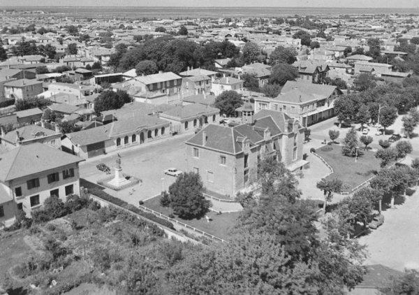Vue aérienne de La Teste, place de la Mairie