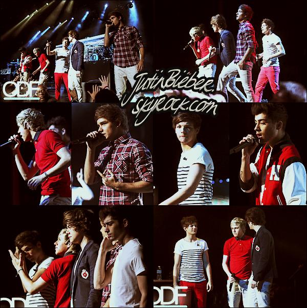 * 31/05/12 :  Niall jouant avec Josh, Paul &  Olly Murs au Molson Amphithéâtre avant le concert.   *