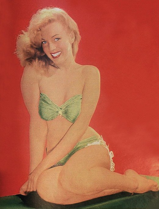 Marilyn Monroe pin up girl