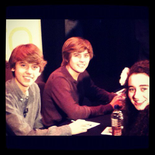 Dylan, Cole & une Fan