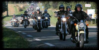 Ce blog à été crée pour proposer d'éventuelles sorties en 125 le week-end entre motards.