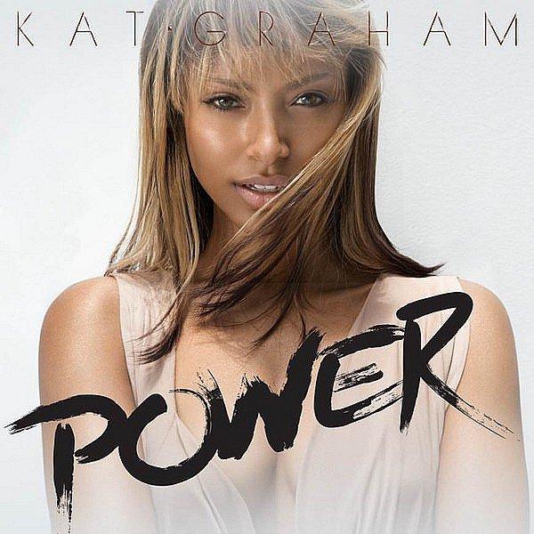 """Découvrez la pochette du nouveau single de Kat intitulé """"Power""""."""