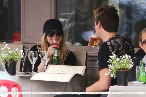 Avril etait a Paris entre le 10 mai et le 28 mai ♥