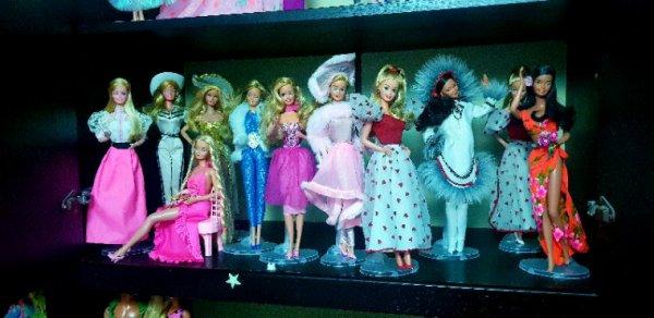 Barbie collection Hawaiian Superstar,Eskimo Barbie