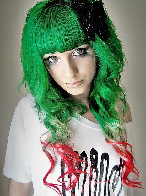 [Green Hair]