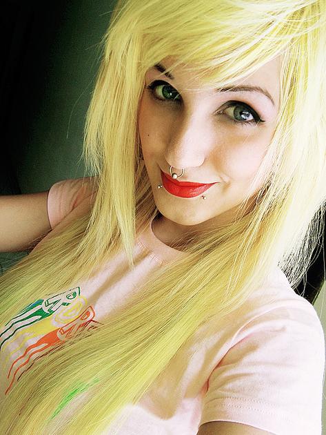 [Yellow Hair]