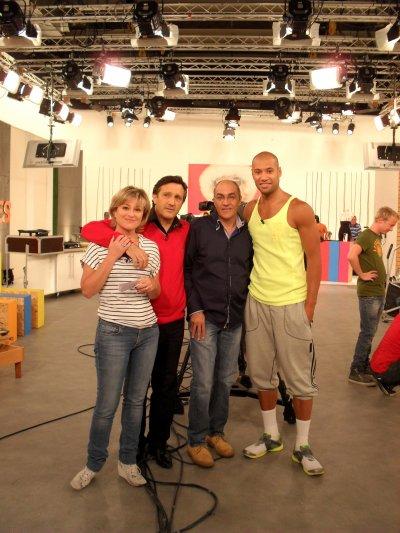 Xavier DELARUE au Tournage Shopping Avenue Matin (TF1 - le 14 juin 2011).