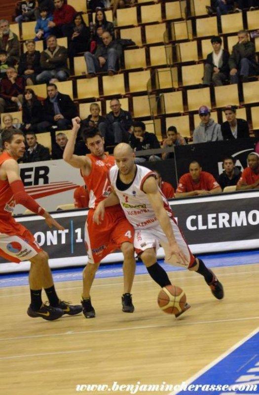 Xavier DELARUE in Clermont-Sorgues (le 14 04 2012)