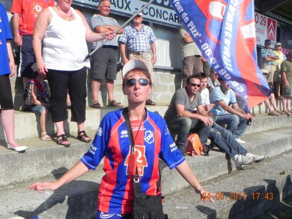 Hier soir à quimper le match de foot Quimper Concarneau CFA 2 ( 1-1 )  les photos des supporters de Concarneau