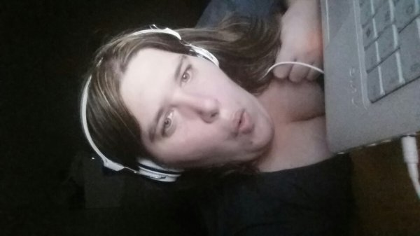 Moi qui écoute de la musique sur le pc