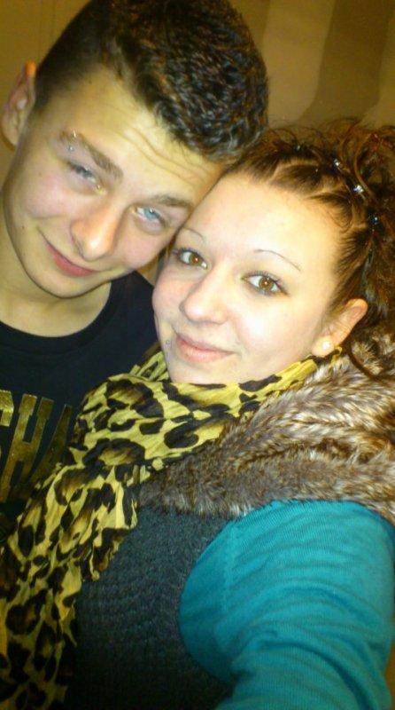 Moi avec ma cousine :) <3