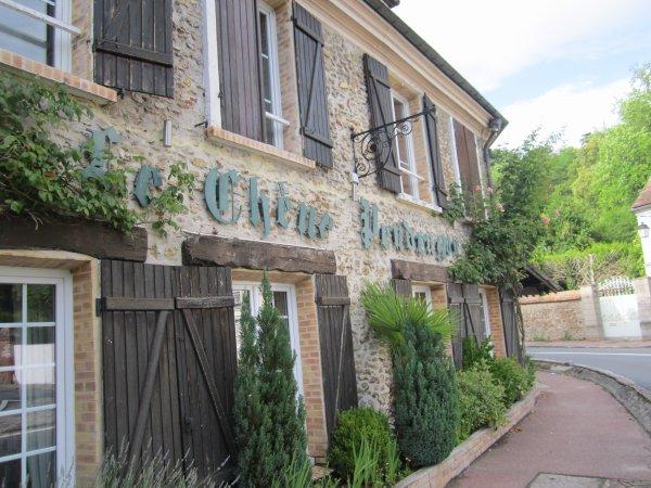 Mariage du 18 juin 2019 environ 40 invitées sublime soirée Mariage / Adresse : 17 Rue de la Croix Blanche, 78610 Saint-Léger-en-Yvelines Téléphone : 01 34 86 30 11