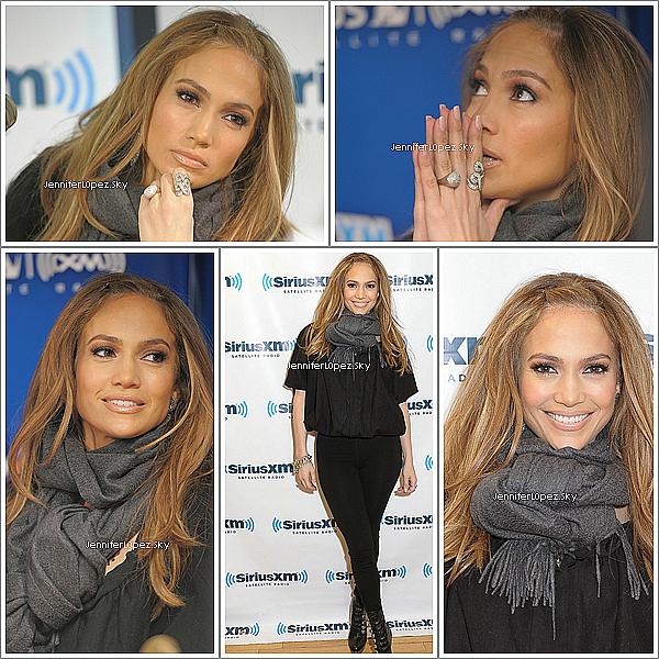 nicolerichie Jenny au Sirius XM radio Studionicolerichie Photos de Jennifer Lopez visitant le Sirius XM radio Studio ce 01 Février.  nicolerichie