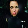 Alice, tu as disparu comme tout le reste. Maintenant à qui d'autre parler, je suis perdue.
