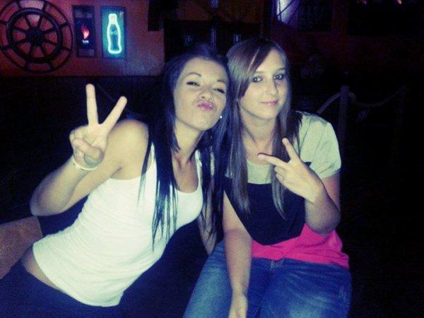 Justine et Megane.