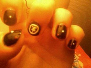 Nail art Tokio Hotel