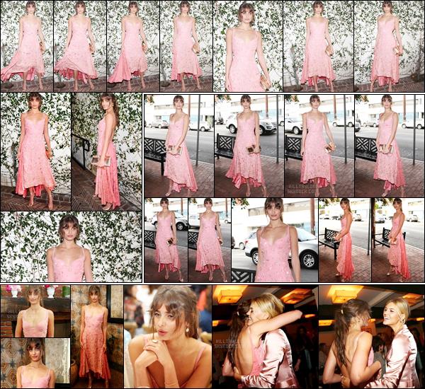 06/01/18 - La jolie Taylor Hill s'est rendue au repas « It Girl  » organisé par le magazine W à Los Angeles. Taylor est de retour à Los Angeles après avoir passé quelques jours de vacances à Hawaii. J'aime beaucoup sa robe ainsi que son make-up !  ─TOP!