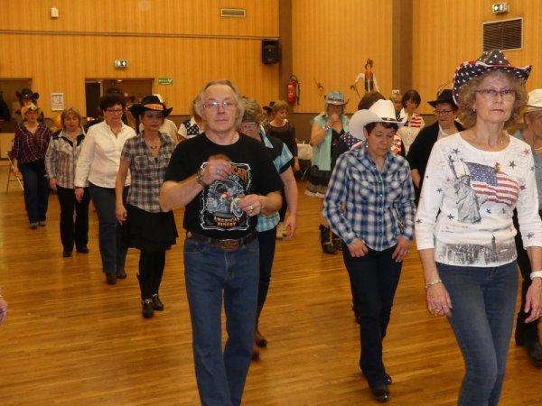 BAL Chez nos Amis les C BERRY DANCERS