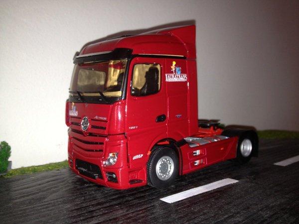 Mercedes Mp4 transports Lauratrans