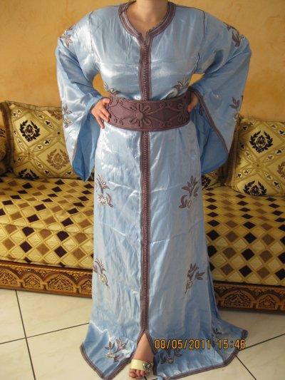 Takchita bleu clair tafta Samira taille 38 à 44