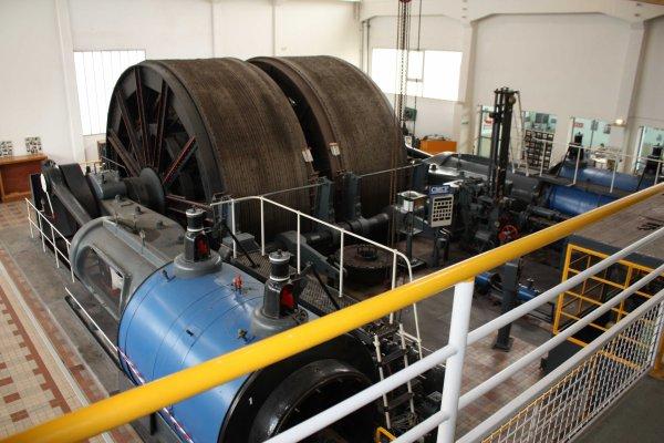 Salle des machines de la fosse 2 à Oignies (62)