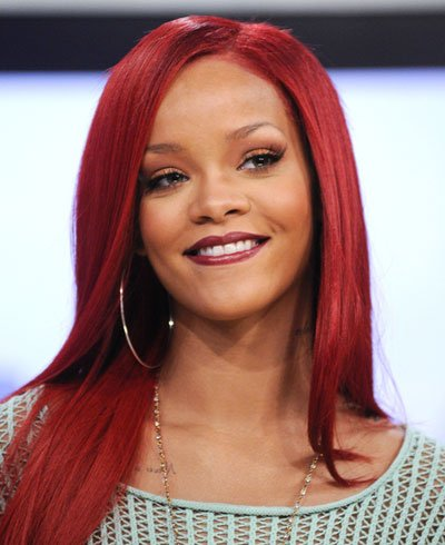 PointsStars: Rihanna victime de Anonymous