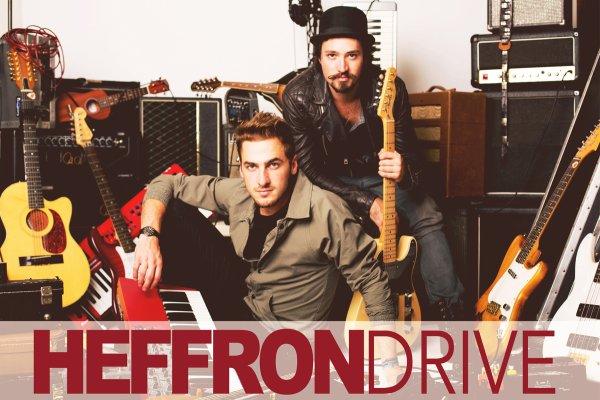 Ils partent en tournée ! Heffron Driving