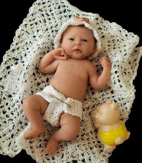 Les mini bébés de CAMILLE ALLEN ..........