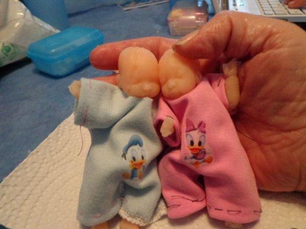 Bébés en silicone .........