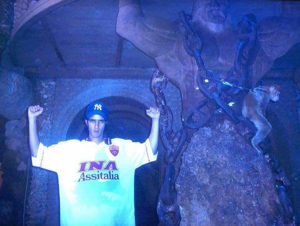 La grotte d Hercule