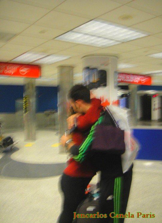 @ j'aurais voulu rester dans ses bras @ il est si mignon et si tendre @