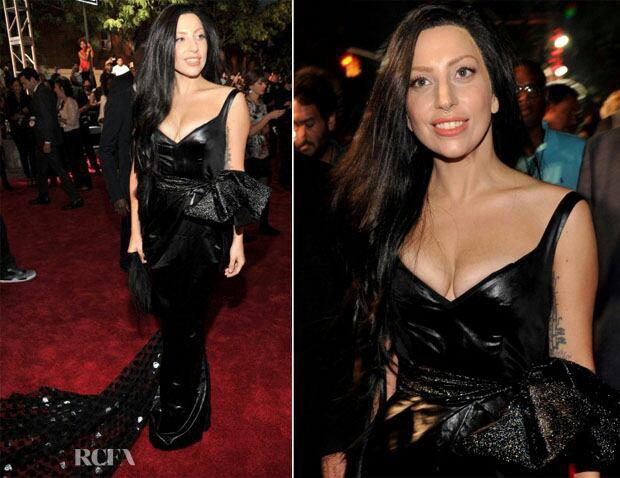 Lady Gaga sur le tapis rouge des VMA
