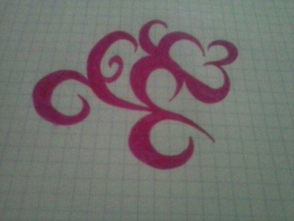 Jmennui vous en penser quoi ? :p belle idée de tatou nan :)