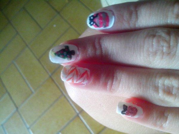Le nail art de noël!!!