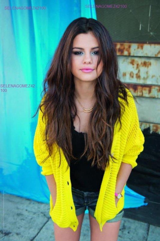 Selena gomez Photoshoot !!