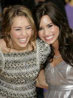 Demi y Miley amigas otra vez