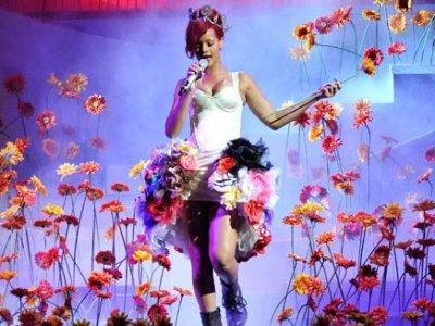 Mira un concierto de Rihanna desde el escenario