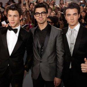 Los Jonas Brothers sacarán un nuevo album