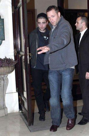 Robert y Kristen: cena romantica en París