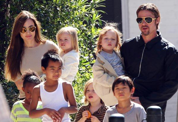 ¡¡Brad Pitt y Angelina Joie se casan!!